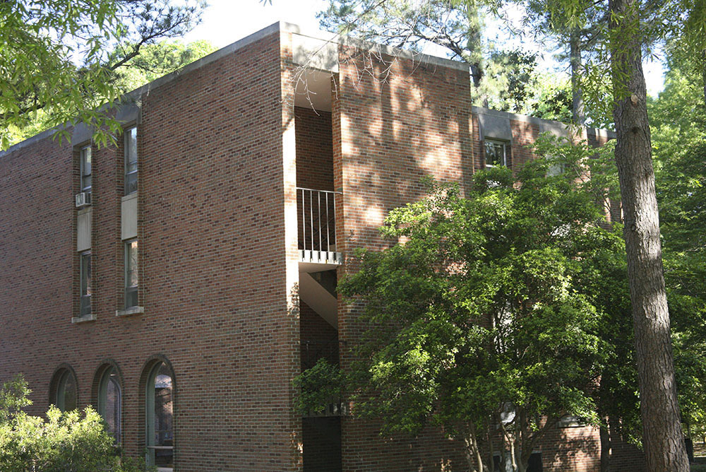 Spotswood Hall (Botetourt Complex)