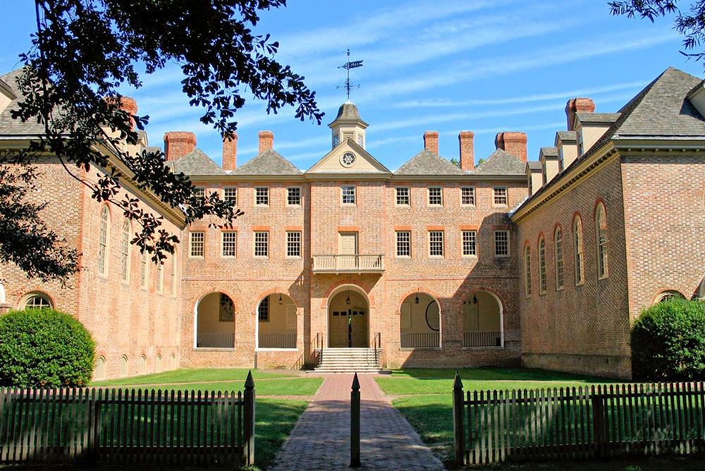 Wren Courtyard