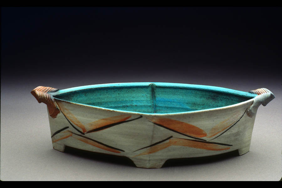 Footed dish. Soda-fired stoneware, 1999