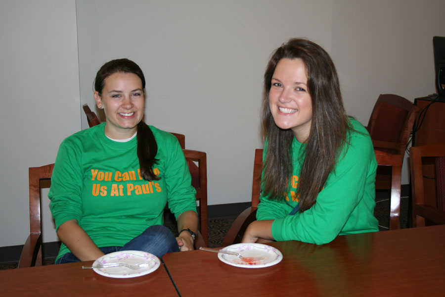 Patricia Carr '08 and Linnea Perry '08