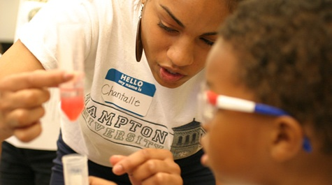 Hampton University student helps at Open Lab