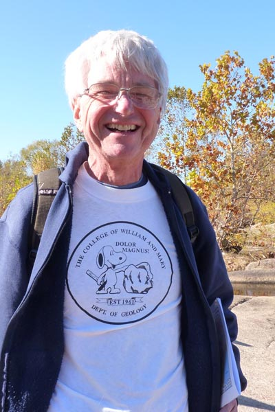Bill Luebke ('68) sporting a rather stylin' geology shirt!