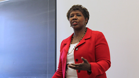 Andrews Fellow News anchor, journalist and author Gwen Ifill visited