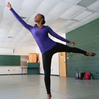 Student choreographer takes W&M to church in 'Crowns'