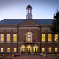 Mason School climbs to 'Top 40' in Businessweek ranking