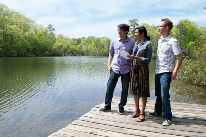 Jasmin C. Green '15 is first author on study of Lake Matoaka virus population