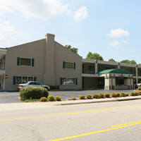 William & Mary Real Estate Foundation agrees to purchase Days Inn on Richmond Road