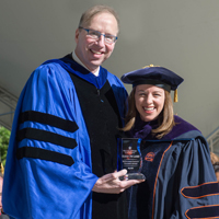Two W&M faculty members receive McGlothlin Award for exceptional teaching