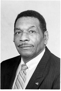 Hulon Willis M.Ed. '56 was the first African-American student admitted to William & Mary.
