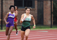 A W&M runner at the Colonial Relays