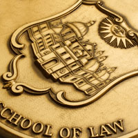 A close shot of the W&M Law School medallion