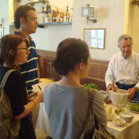Learning how to make pesto genovese at Zeffirino in Genoa