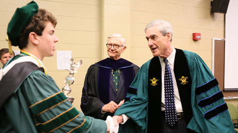William & Mary - W&M graduates encouraged to live lives of integrity ...