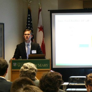 Klicker presenting at the PIPS Student Symposium, April 2012