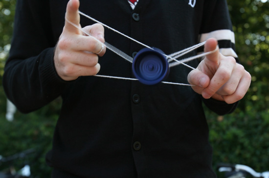 Student co-designs yo-yo